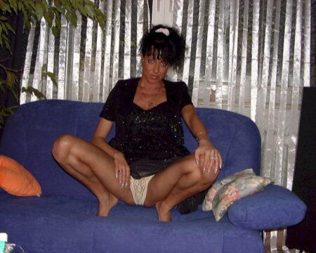 Femme maghrébine de Issy-les-Moulineaux qui est seule