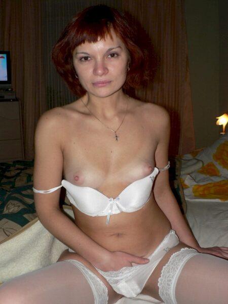 Passez une nuit sans tabou avec une femme infidèle sexy