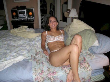 Recherche un plan cul hot avec un célibataire seul sur Tournon-sur-Rhône