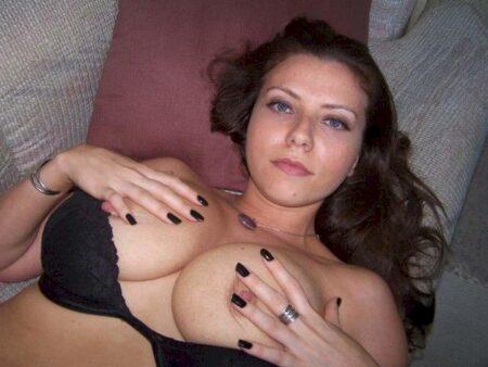 Très belle femme salope qui cherche unevéritable rencontre sans lendemain d'un soir