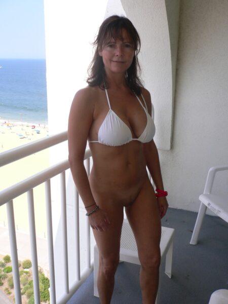 Une femme mature coquine de Dieppe pour du réel