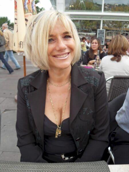 Une femme sexy de Saint-Germain-en-Laye pour du réel